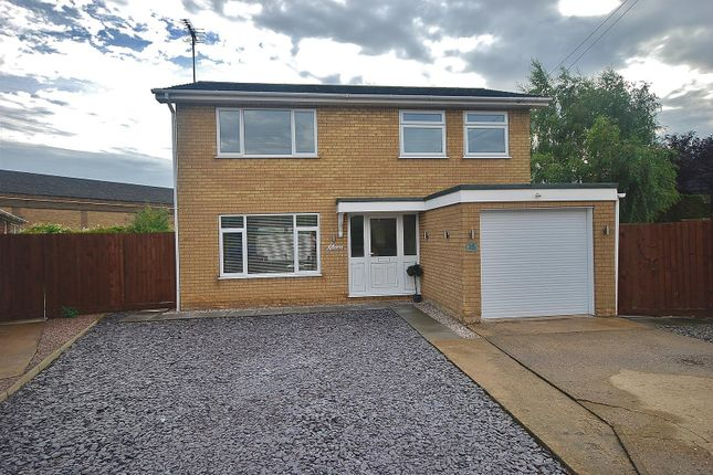 4 bed detached house for sale in Malvern Close, Spalding