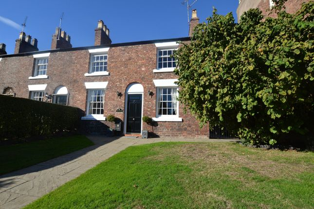 Thumbnail Cottage for sale in Village Road, Christleton, Chester