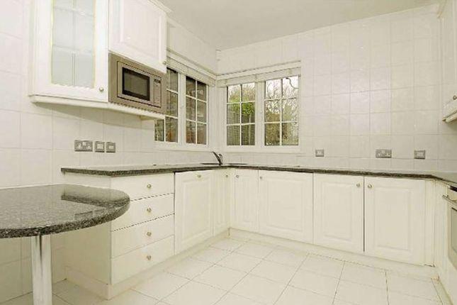 Kitchen-1213 of Wadham Gardens, London NW3
