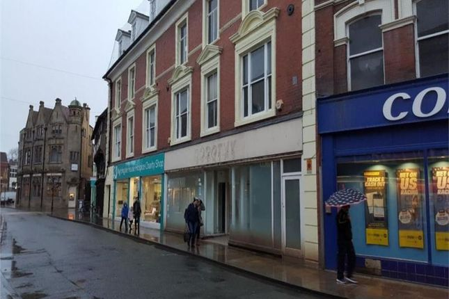 Thumbnail Retail premises to let in Units 2 5-9 Cross Street, Oswestry, Shropshire