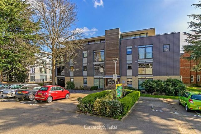 1 bed flat for sale in Newsom Place, St. Albans, Hertfordshire AL1