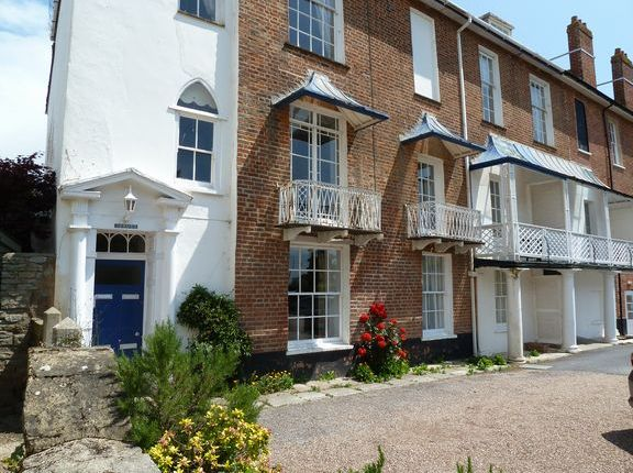 Flat to rent in Barton Close, Sidmouth
