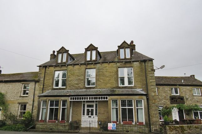 Thumbnail Hotel/guest house for sale in B6160, Kettlewell