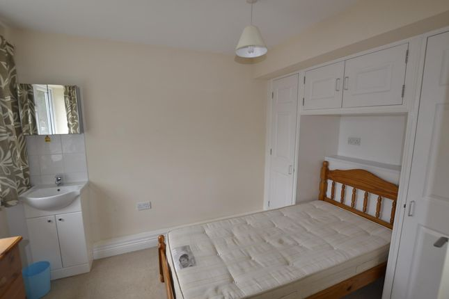 Thumbnail Property to rent in Abbey Road, Witney, Oxon