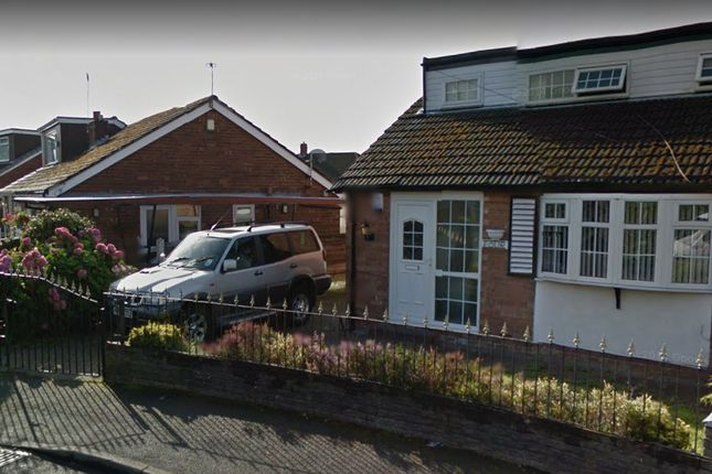 Thumbnail Semi-detached bungalow to rent in Cambridge Road, Failsworth, Manchester