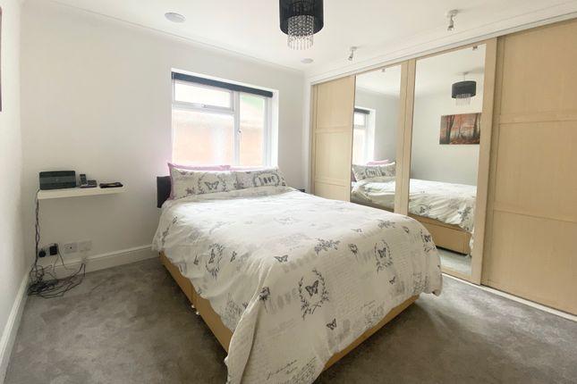 Bedroom 1 of Exleigh Close, Southampton SO18