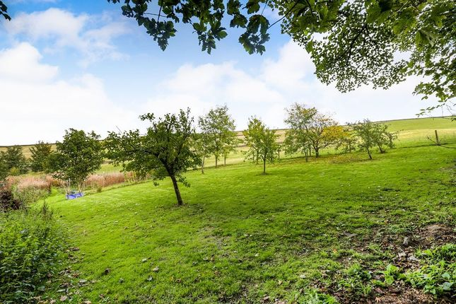 Thumbnail Semi-detached house for sale in Derbyshire Level, Glossop