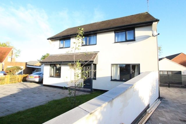 4 bed detached house to rent in Perrycroft Close, Fernhill Heath, Worcester WR3