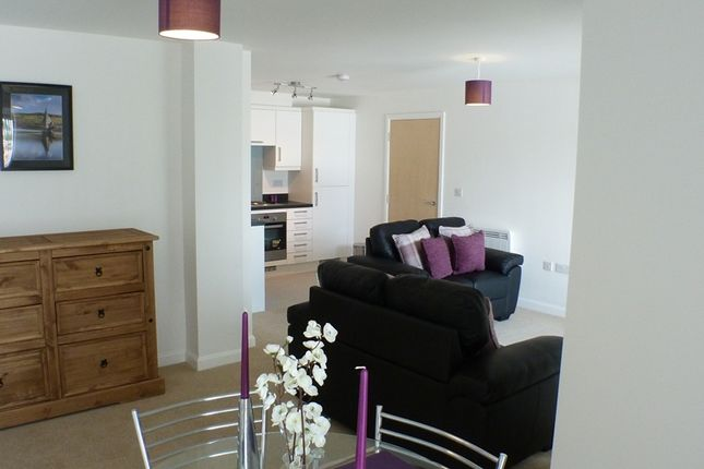 1 bed flat to rent in Phoebe Road, Swansea