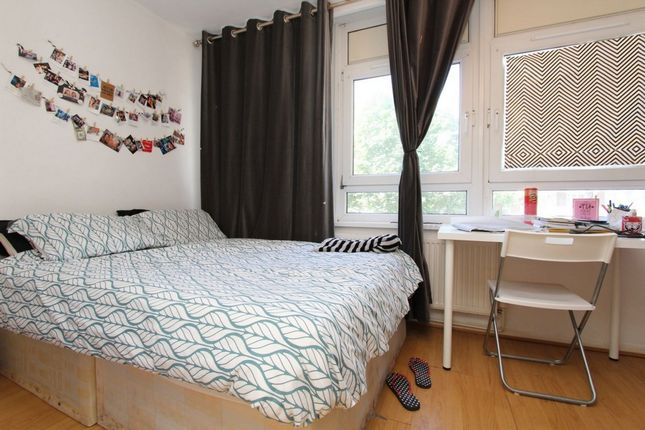 Thumbnail Shared accommodation to rent in Yarrow House, Stewart Street, Canary Wharf