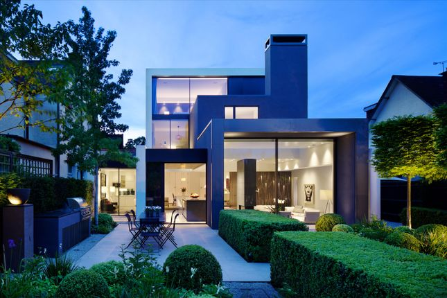 Thumbnail Detached house for sale in Warwick Road, London
