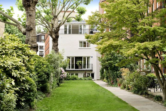Thumbnail Terraced house for sale in Holbein Place, London