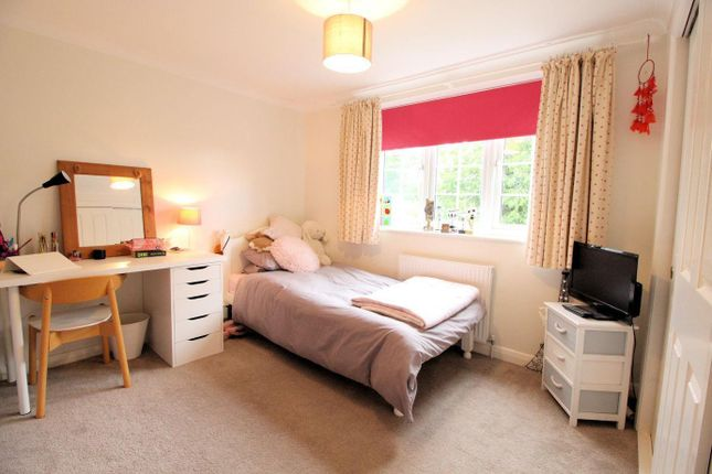 Bedroom 3 of Carling Road, Sonning Common, Reading RG4