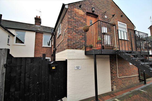 Thumbnail Flat to rent in London Road, Riverhead, Sevenoaks