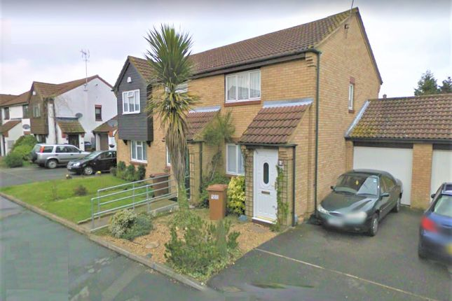 Thumbnail Semi-detached house to rent in Vincenzo Close, North Mymms, Hatfield
