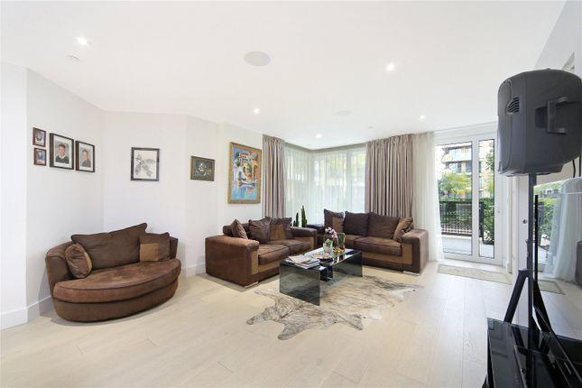 Thumbnail Flat for sale in Ravensbourne Apartments, 5 Central Avenue, London