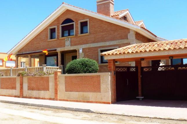 Thumbnail Villa for sale in La Manga Strip, Spain
