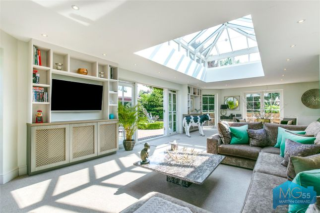Thumbnail Link-detached house for sale in Hadley Highstone, Barnet, Hertfordshire