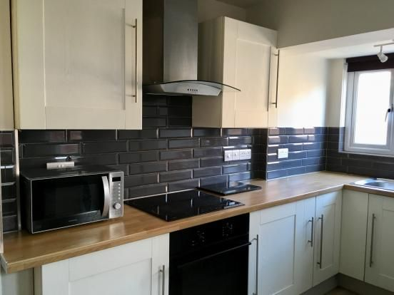 Thumbnail Terraced house to rent in Barrack Road, St. Leonards, Exeter, Devon