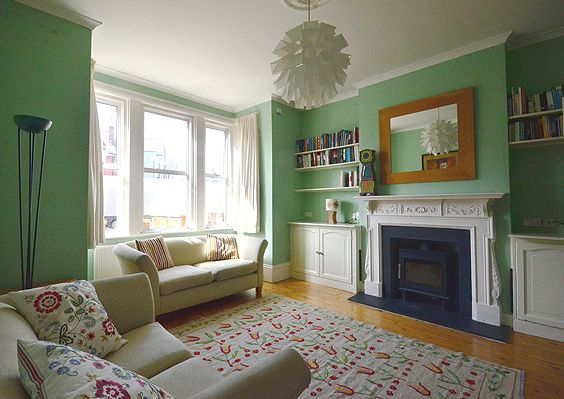 Thumbnail Terraced house to rent in Barrington Road, Crouch End, London