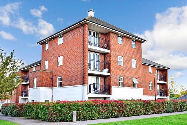 Thumbnail Flat for sale in Crocus Drive, Sittingbourne, Kent