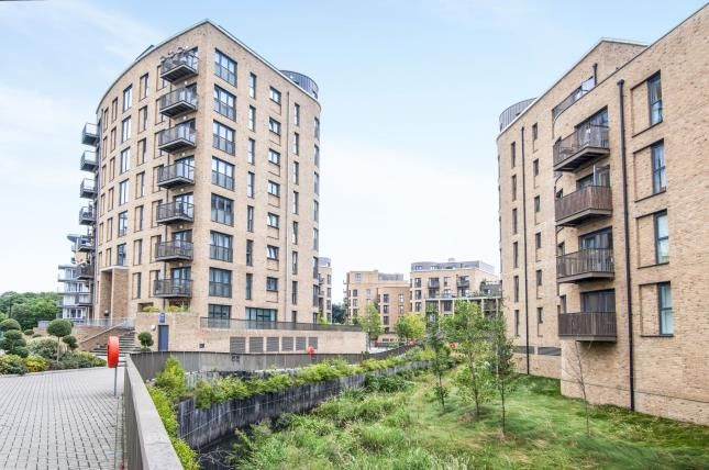Thumbnail Flat for sale in Whitestone Way, Croydon