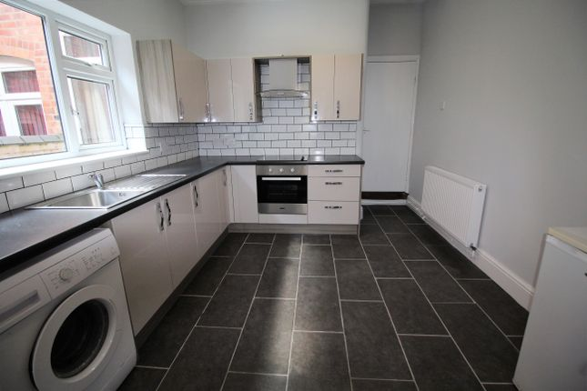 Room to rent in St. Michaels Road, Coventry CV2