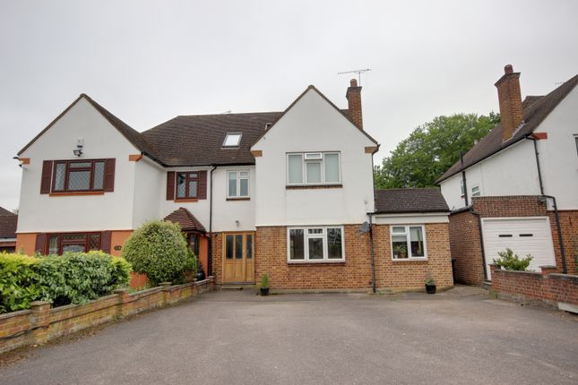 Thumbnail Semi-detached house for sale in Bush Hill, Winchmore Hill