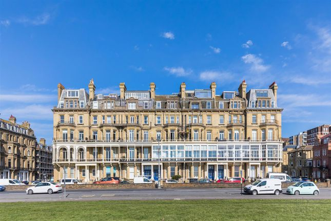 Thumbnail Flat for sale in Kings Gardens, Hove