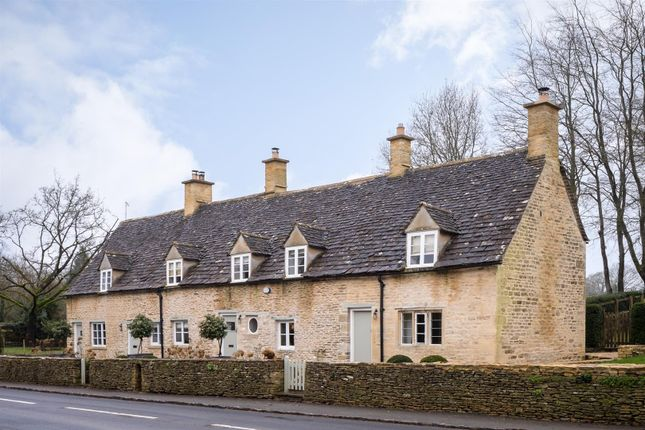 Thumbnail Detached house for sale in Barnsley, Cirencester