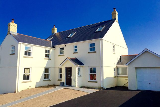 Thumbnail Property to rent in Kenfig Mews, High Street, Bridgend