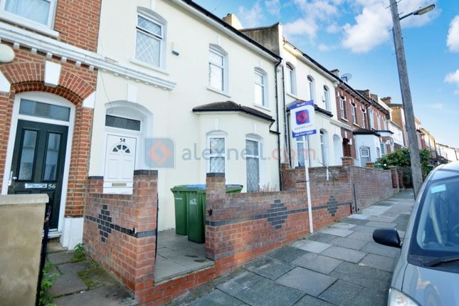 Thumbnail Town house to rent in Elmdene Road, London