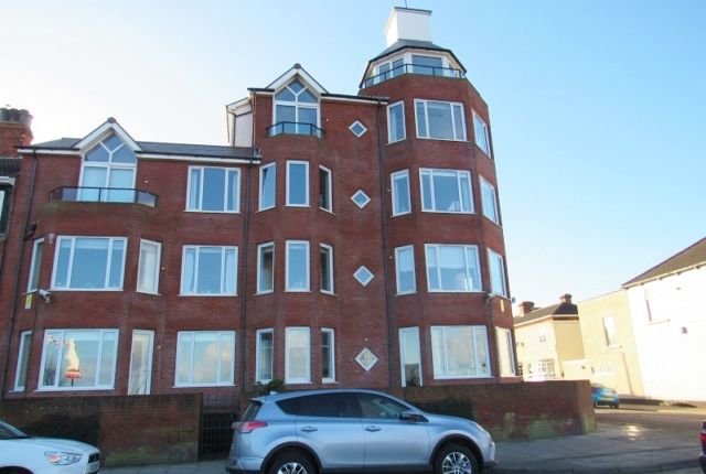 Thumbnail Flat to rent in Bradford Avenue, Cleethorpes