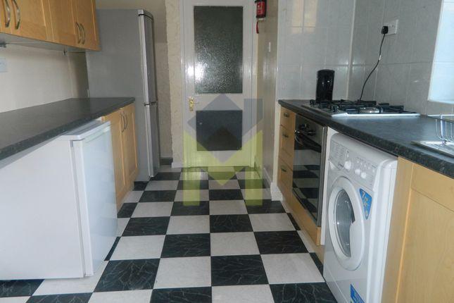 Terraced house to rent in Cheltenham Terrace, Heaton
