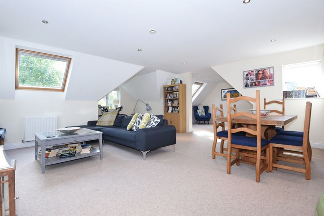 Thumbnail Flat for sale in Frenches Road, Redhill