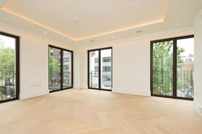 Thumbnail Property to rent in St. Edmunds Terrace, London