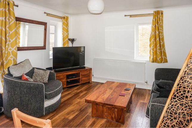 Thumbnail Flat for sale in Crowthorp Road, Rectory Farm, Northampton