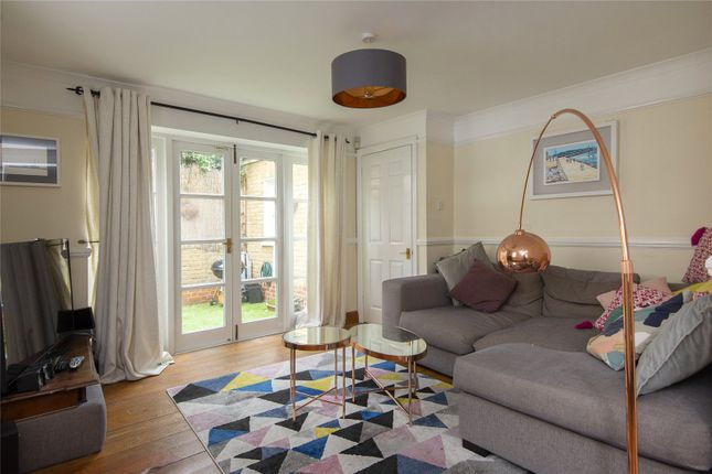 2 bed terraced house to rent in Tredegar Square, Bow, London E3