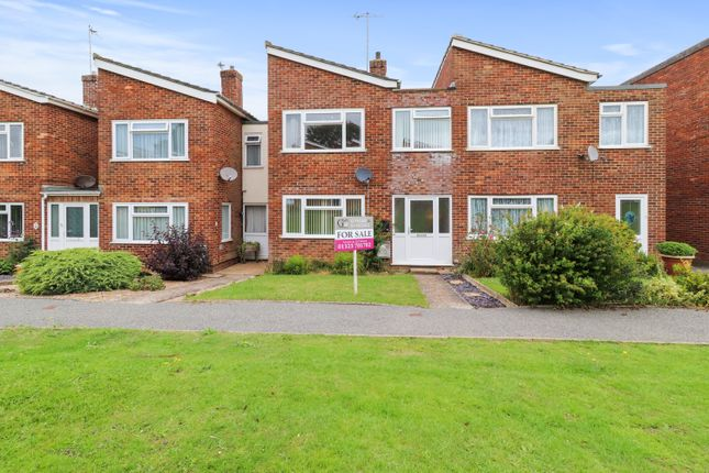 3 bed terraced house for sale in Hayland Green, Hailsham BN27