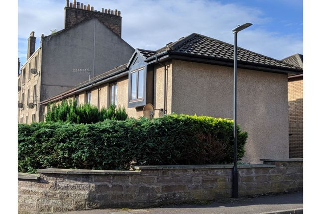 Patrick Place, Dundee DD2