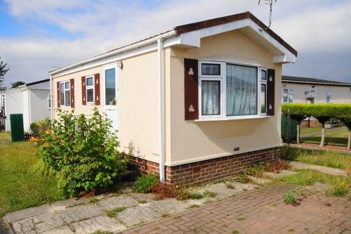 1 Bed Mobile Park Home For Sale In Selwood Weymans Avenue Bournemouth