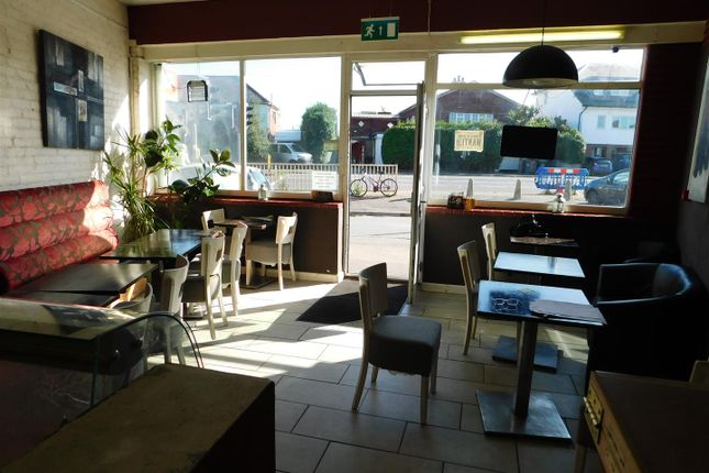 Dscn0368 of Brighton Road, Lancing BN15