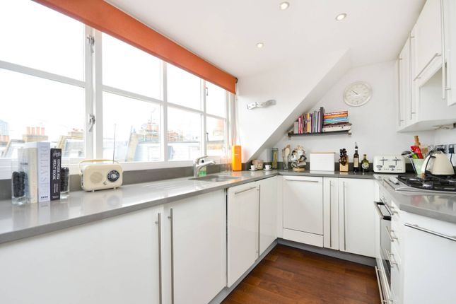 2 bed maisonette to rent in St Marks Place, Notting Hill Gate