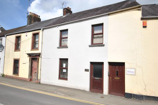 Thumbnail Property for sale in Maes Dewi, Pentremeurig Road, Carmarthen