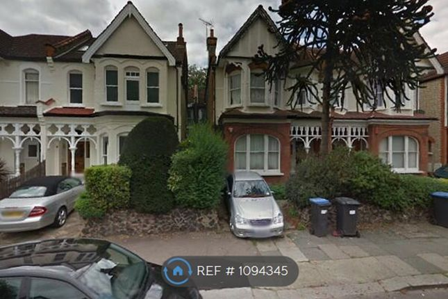 Thumbnail Flat to rent in Broomfield Avenue, London