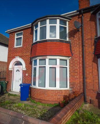 Thumbnail Terraced house to rent in Carr House Road, Doncaster