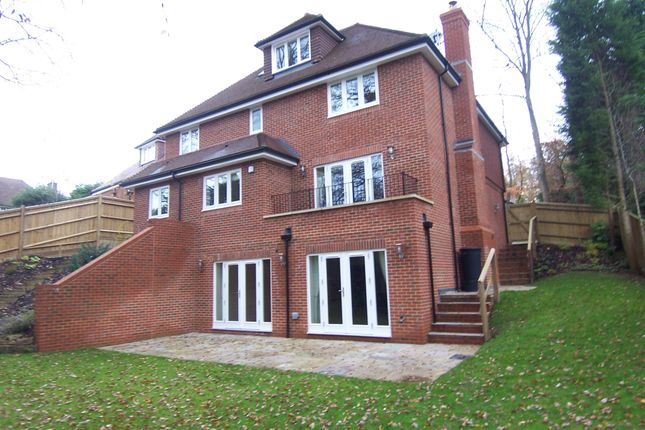 5 bed detached house to rent in The Rise, Sevenoaks, Kent TN13