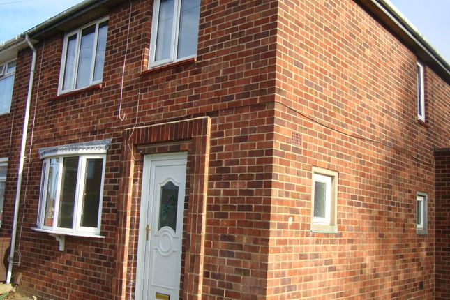 Thumbnail Semi-detached house to rent in Filey Road, Grimsby