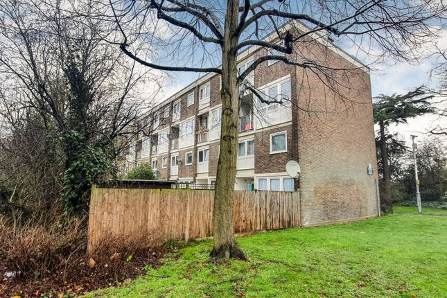 3 bed maisonette for sale in Tooting Bec Road, London SW17
