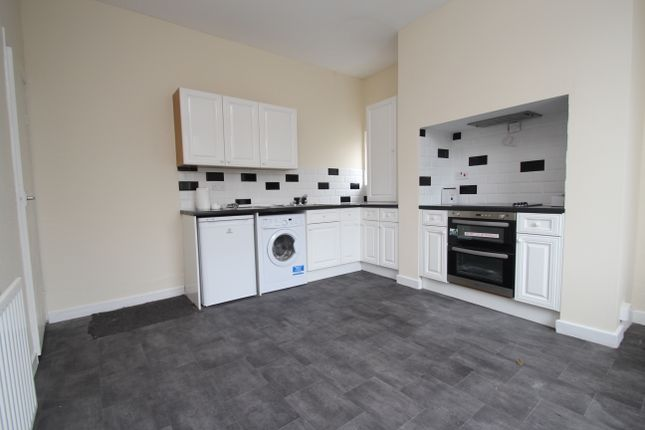 Thumbnail End terrace house to rent in Stanningley Road, Leeds